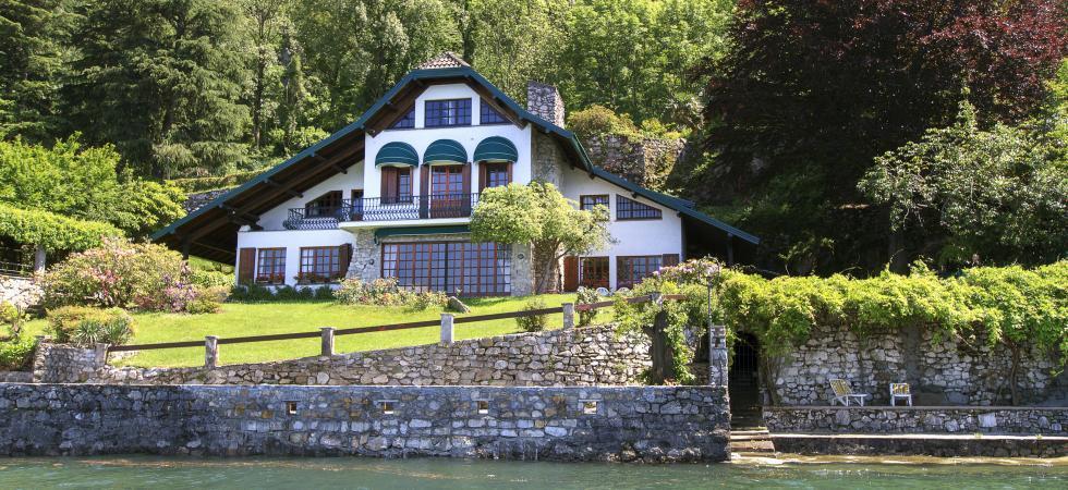 Villa Cinderella - Ispra, Lake Maggiore - NORTHITALY VILLAS lakeside vacation villa rentals luxury