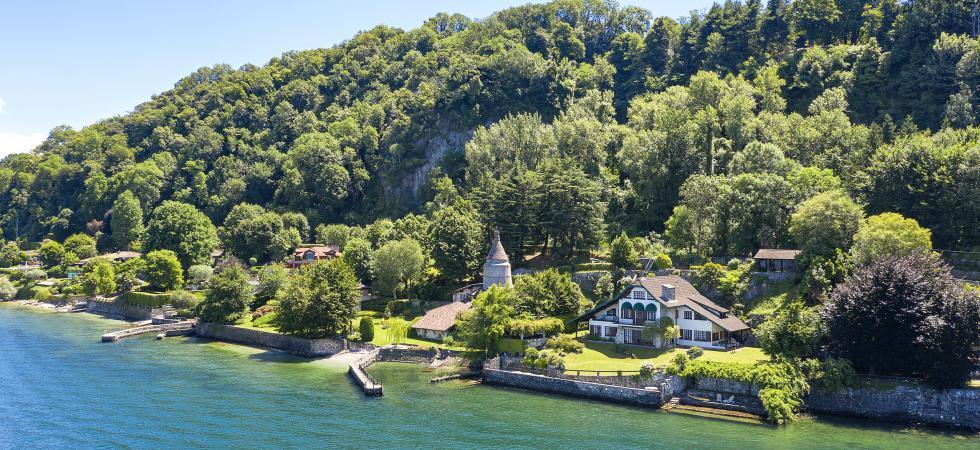 Villa Cinderella - Ispra, Lake Maggiore - NORTHITALY VILLAS exclusive vacation villa rentals directly at the lake