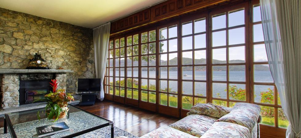 Villa Cinderella - Ispra, Lake Maggiore - NORTHITALY VILLAS holiday home rentals