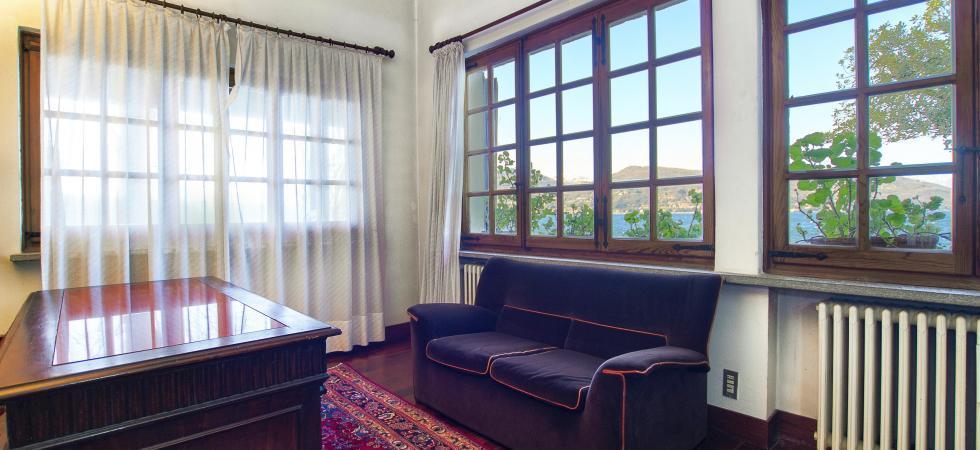 3352) Villa Cinderella 5 CAMERE 10 PAX, Ispra