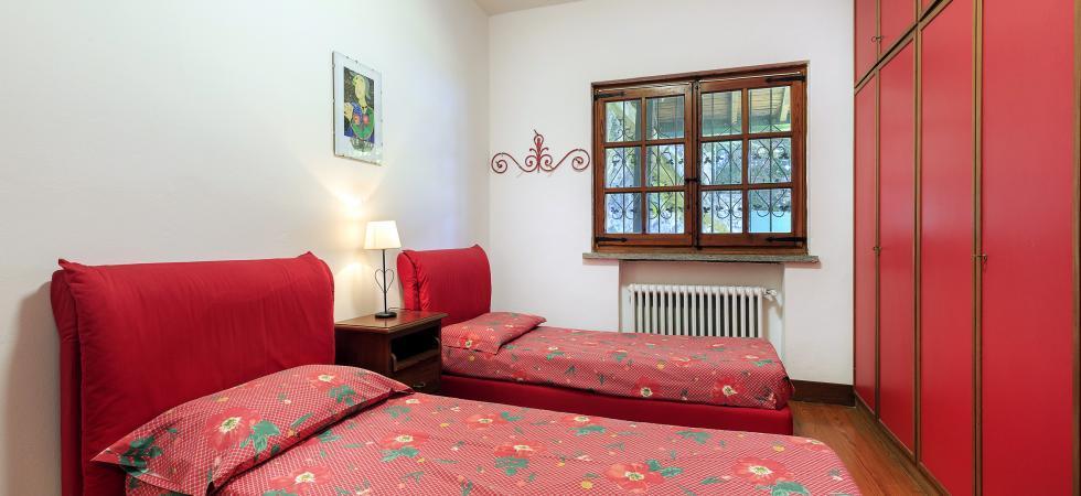 3358) Villa Cinderella 5 CAMERE 10 PAX, Ispra