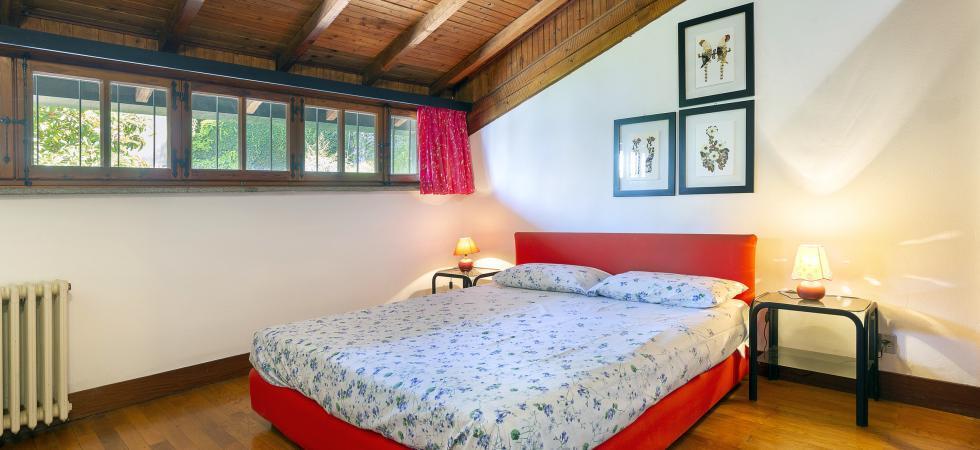 3366) Villa Cinderella 5 CAMERE 10 PAX, Ispra