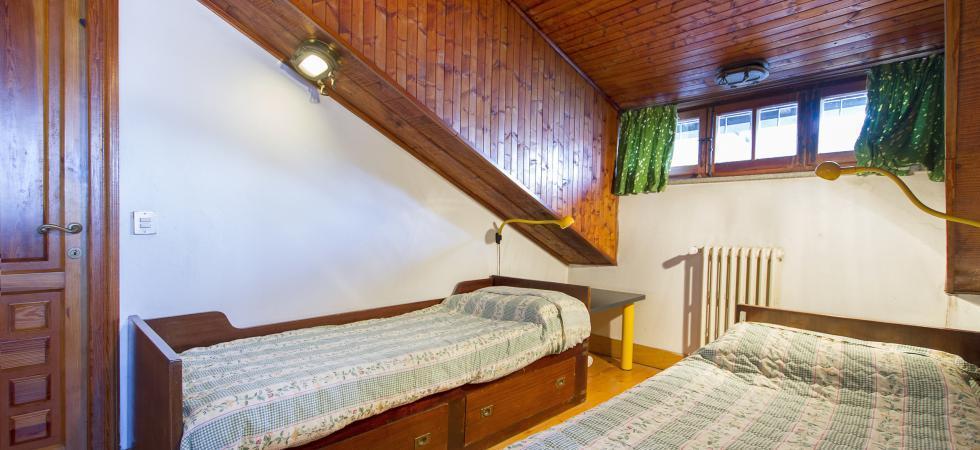 3369) Villa Cinderella 5 CAMERE 10 PAX, Ispra