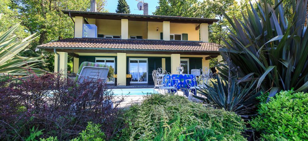 698) Villa La Pastorale, Ranco
