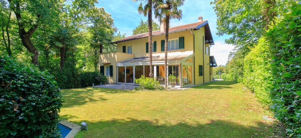 717) Villa La Pastorale, Ranco