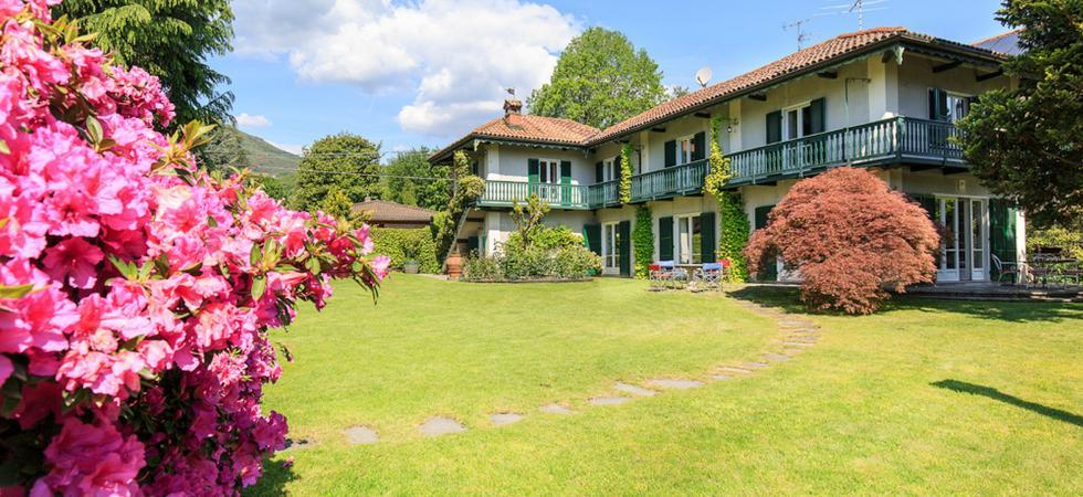 Villa Ida - Lesa, Lake Maggiore - NORTHITALY VILLAS holiday home lettings