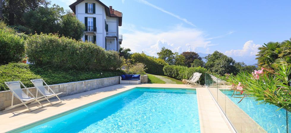 1324) Villa Perla, Laveno-Mombello