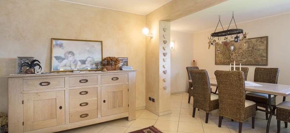3212) Villa Seta 5 CAMERE 11 PAX, Meina