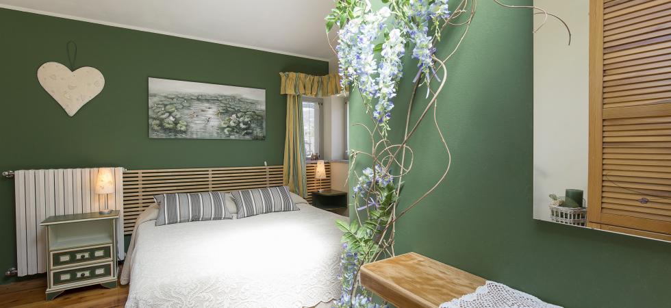3215) Villa Seta 5 CAMERE 11 PAX, Meina
