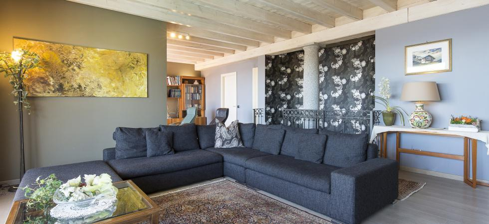3220) Villa Seta 5 CAMERE 11 PAX, Meina