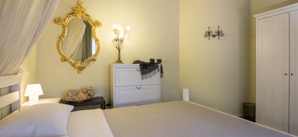3227) Villa Seta 5 CAMERE 11 PAX, Meina