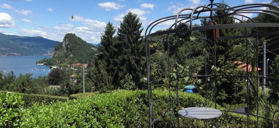 1553) Casa Calde, Castelveccana