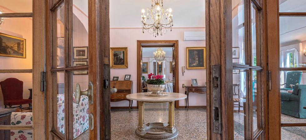 3057) Villa Fedra, San Siro