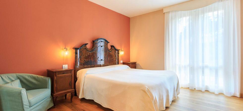 2600) Villa Angelina, Pianello del Lario