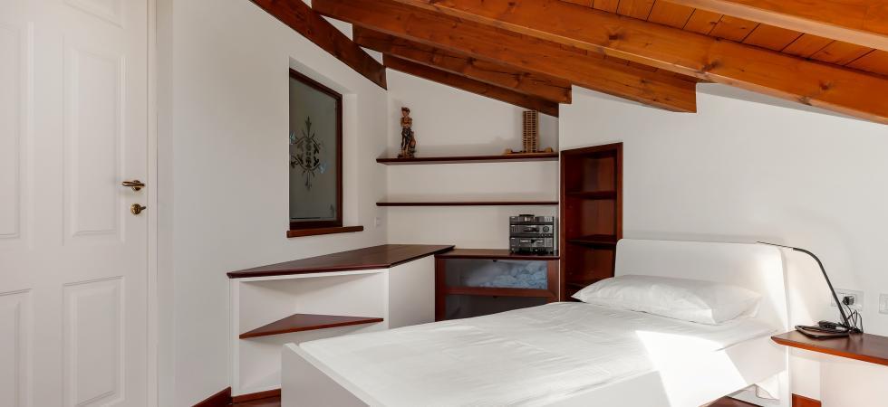 2642) Villa Rosa, Brebbia