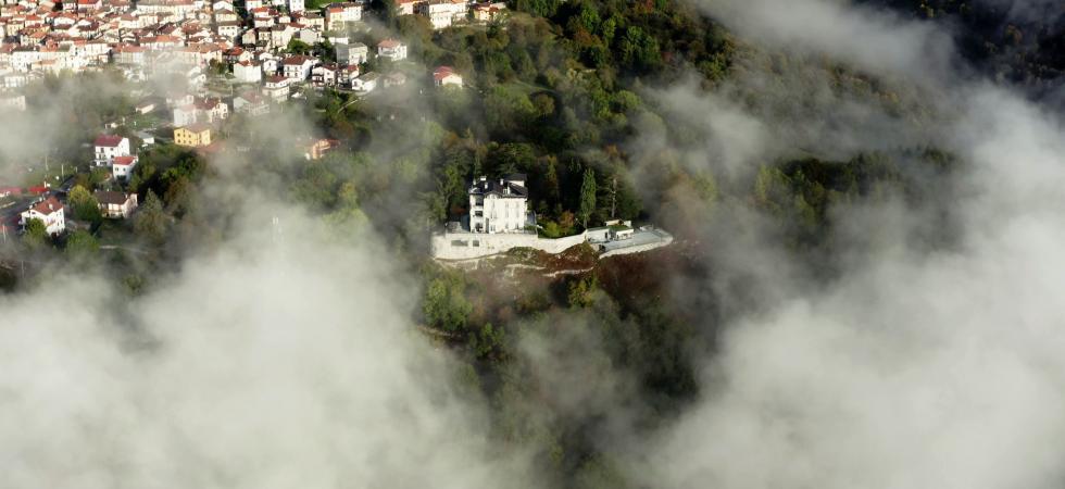 Villa Peduzzi - Pigra, Lago di Como - NORTHITALY VILLAS affitti ville vacanza di lusso