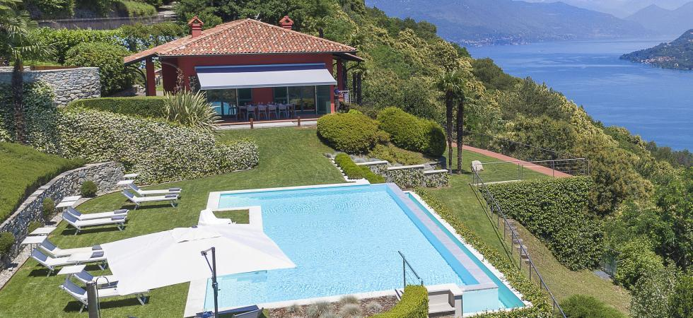 1678) Villa Falcone 5 BEDROOMS 10 PAX, Stresa