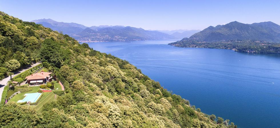 1681) Villa Falcone 5 BEDROOMS 10 PAX, Stresa