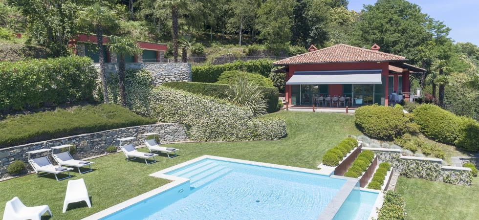 1684) Villa Falcone 5 BEDROOMS 10 PAX, Stresa