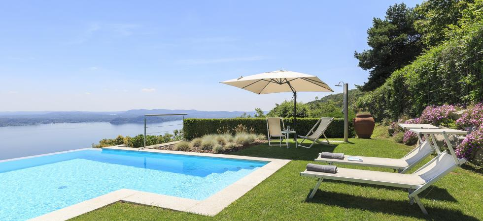 1688) Villa Falcone 5 BEDROOMS 10 PAX, Stresa