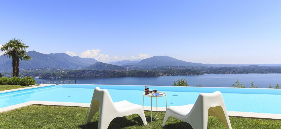 1690) Villa Falcone 5 BEDROOMS 10 PAX, Stresa
