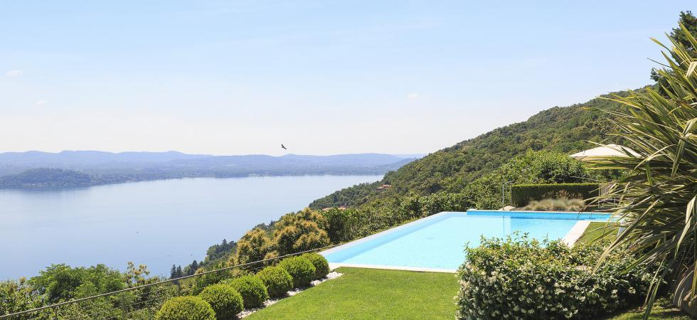 1691) Villa Falcone 5 BEDROOMS 10 PAX, Stresa