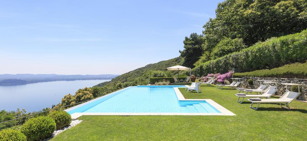 1692) Villa Falcone 5 BEDROOMS 10 PAX, Stresa