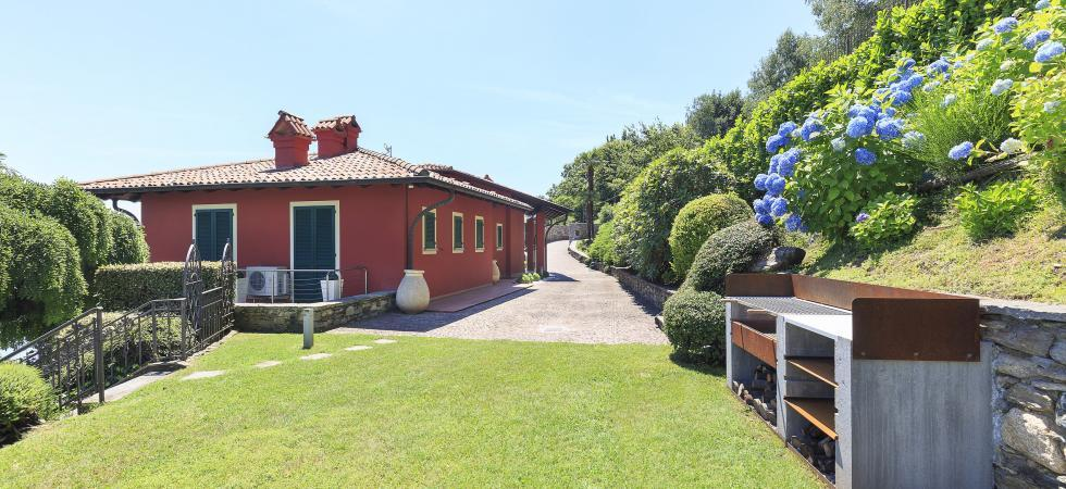 1695) Villa Falcone 5 BEDROOMS 10 PAX, Stresa