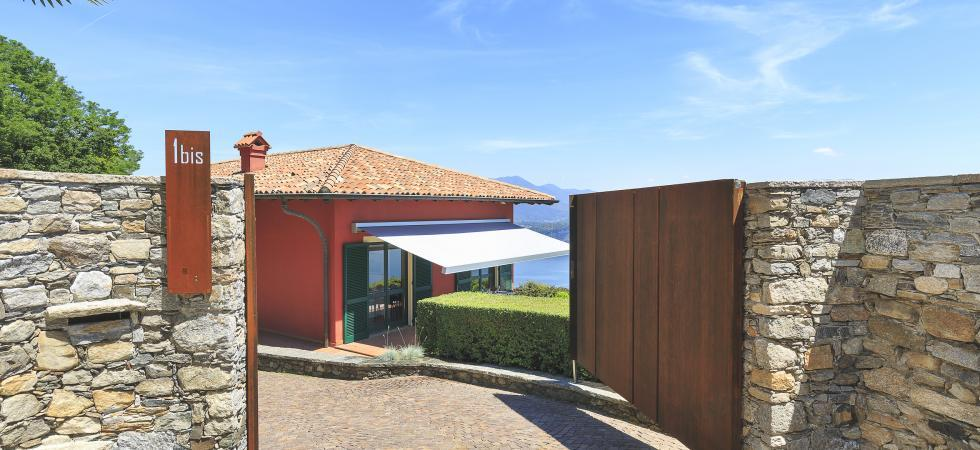 1733) Villa Falcone 5 BEDROOMS 10 PAX, Stresa